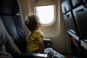 Unaccompanied divorced minor on a plane
